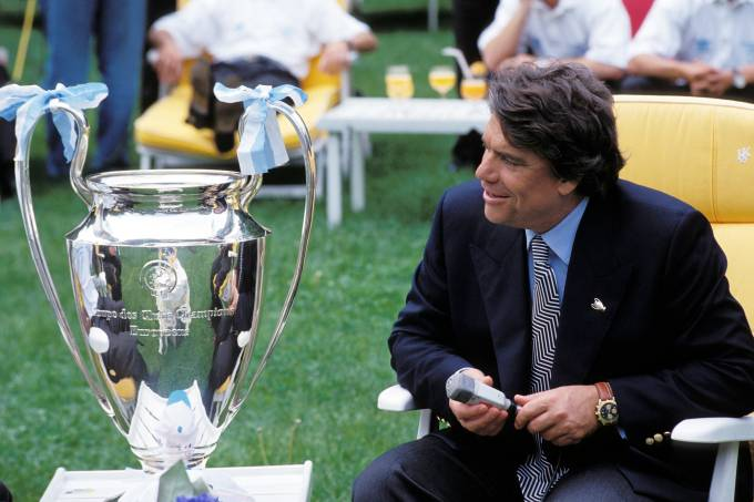 Bernard Tapie And Om Soccer Team Celebrate Victory In Champions League In Marseilles On May 27th,1993.
